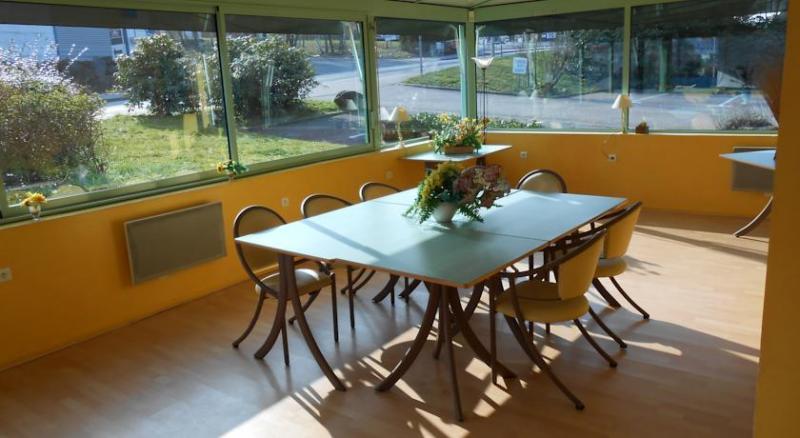 hotel limoges fasthotel site officiel h tel pas cher limoges. Black Bedroom Furniture Sets. Home Design Ideas