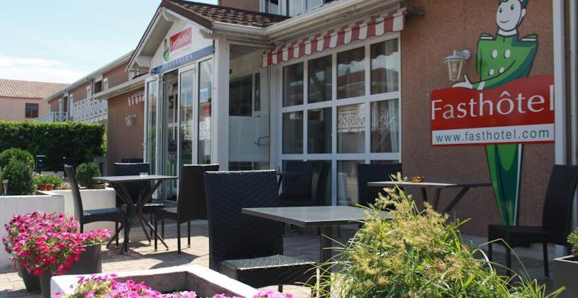 Hotel n mes caissargues fasthotel site officiel h tel for Appart hotel pas cher sud de la france