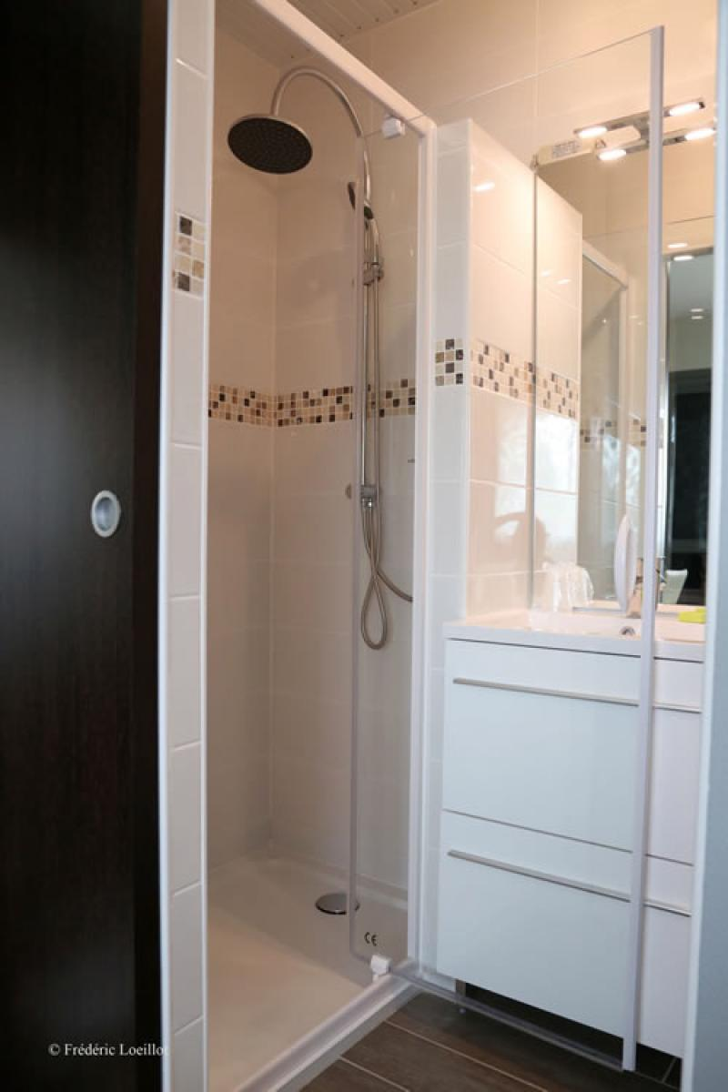 Hotel dun sur meuse hotel verdun fasthotel site for Salle de bain fust
